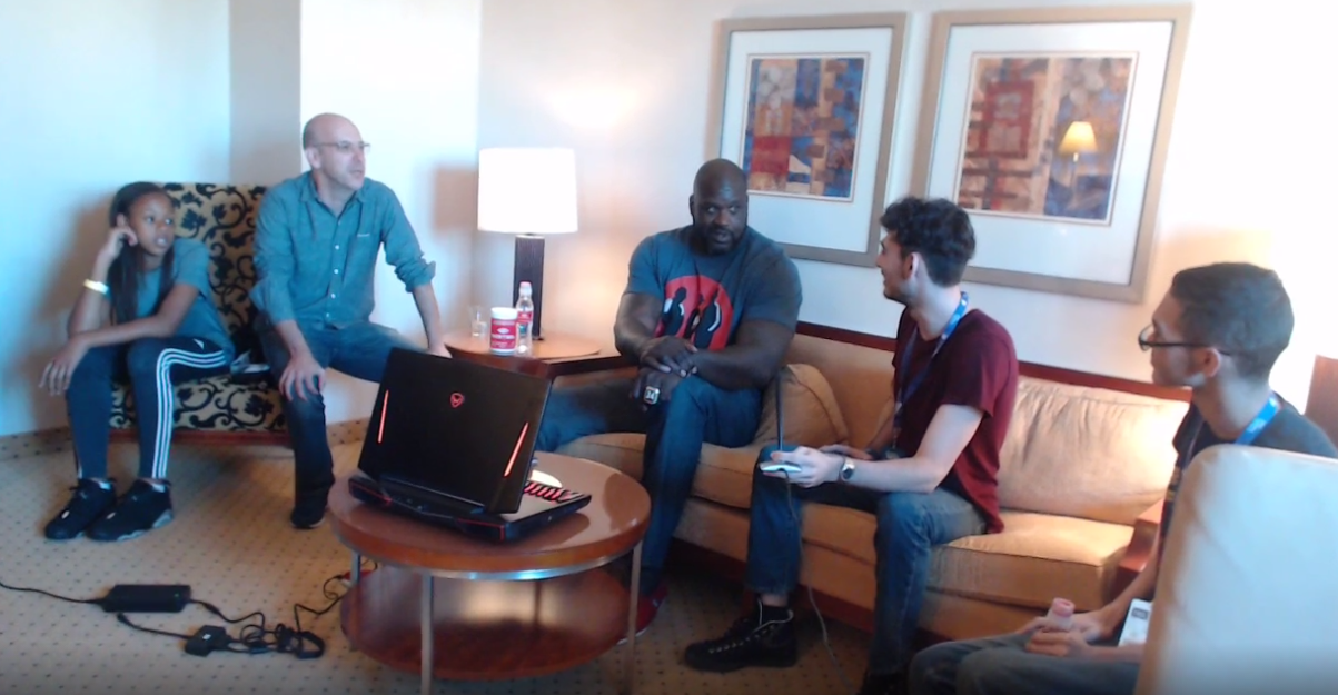 Shaq Shows Up On Twitch, Kisses Pro Players