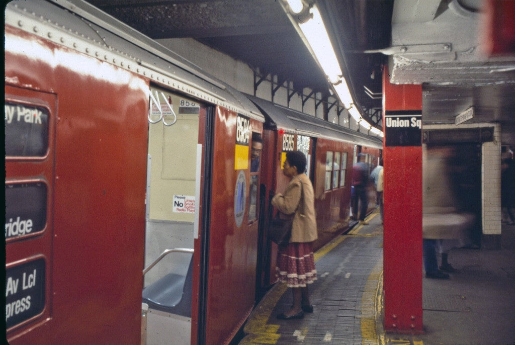 37 Rare and Beautiful Images of the NYC Subway in the 1980s