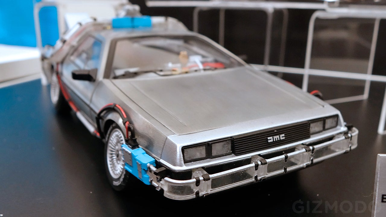 only time travel can make this perfect bttf delorean arrive any sooner gizmodo australia. Black Bedroom Furniture Sets. Home Design Ideas