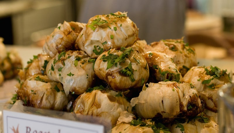 'Roast' Garlic Quickly Using A Pressure Cooker