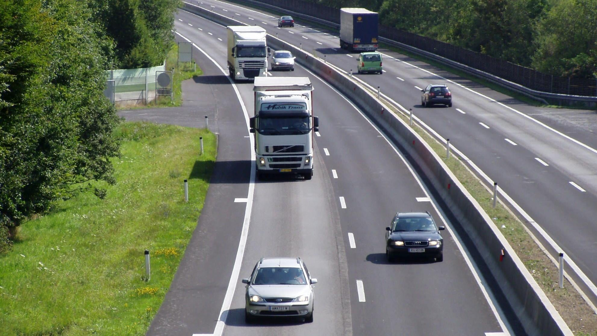 German Parliament Rejects Autobahn Speed Limits
