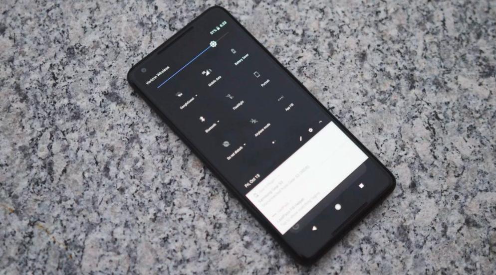 How To Unlock Google's Hidden Dark Theme On The Pixel 2