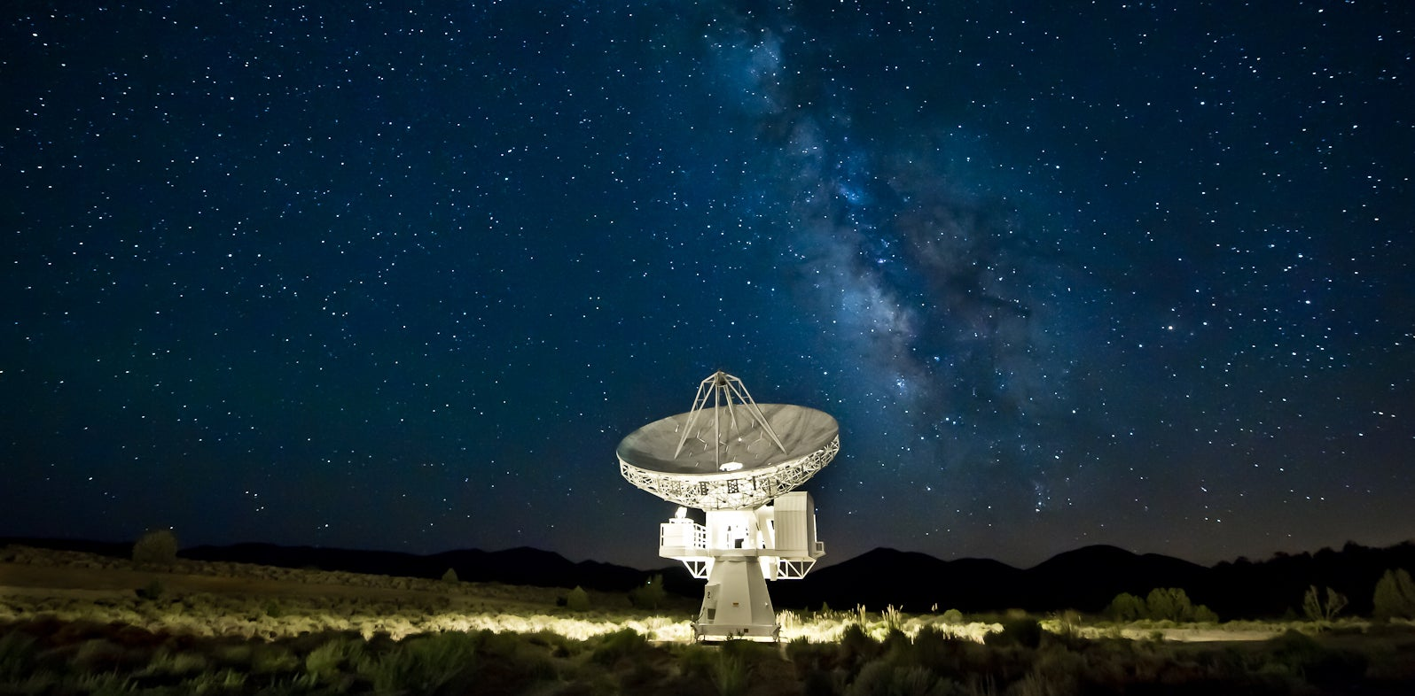 Mystery Cosmic Radio Burst Caught in Real-Time For the First Time Ever