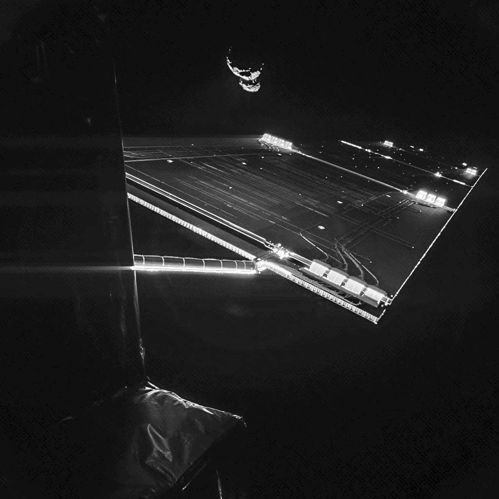 Here's the Rosetta Spacecraft Lining Up Its Asteroid Landing Shot