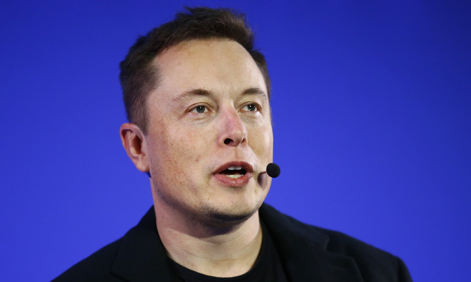 Musk's Plan to Save the World From Dangerous AI: Develop Advanced AI