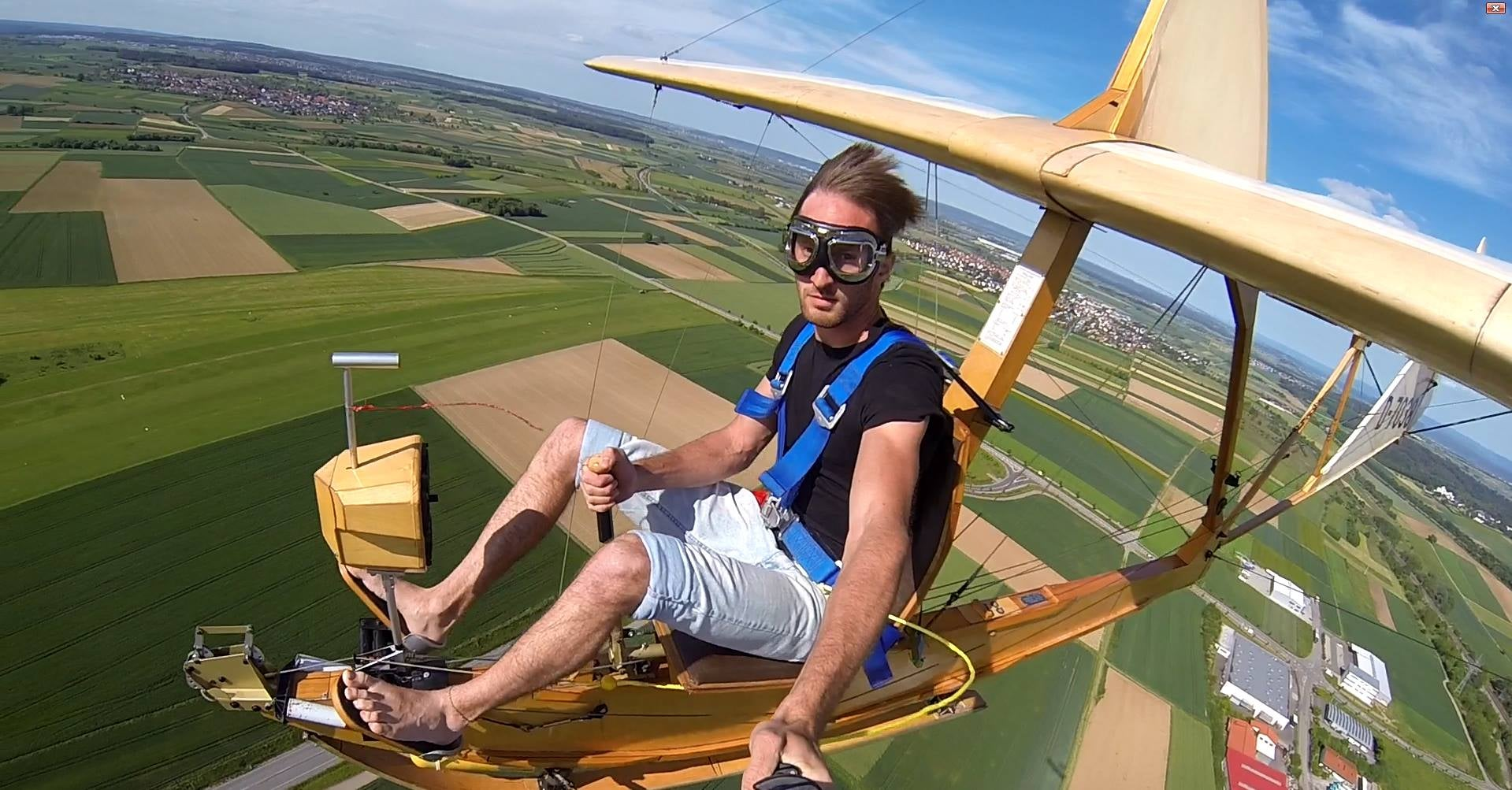 Flying this Nazi glider from 1938 seems incredibly fun