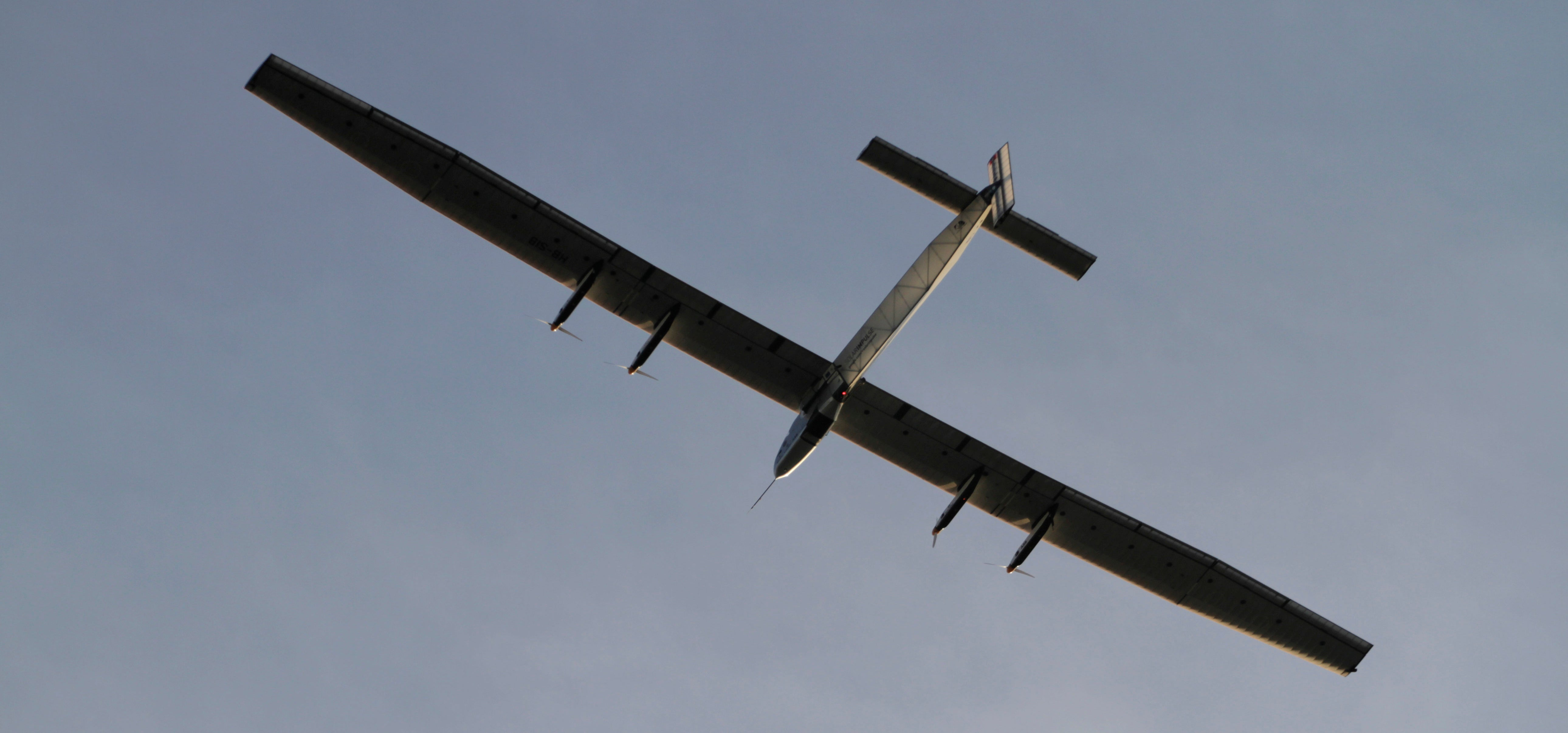 Solar Plane's Pacific Marathon Puts Pilot to the Ultimate Endurance Test