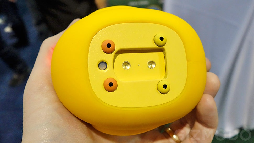 This Smart Rubber Duckie Makes Bathtime Even More Fun (and Safer)
