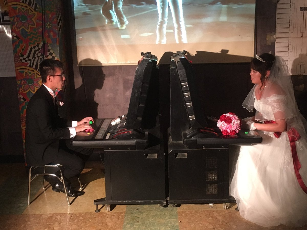After Getting Married In An Arcade, This Couple's First Fight Was Tekken 6