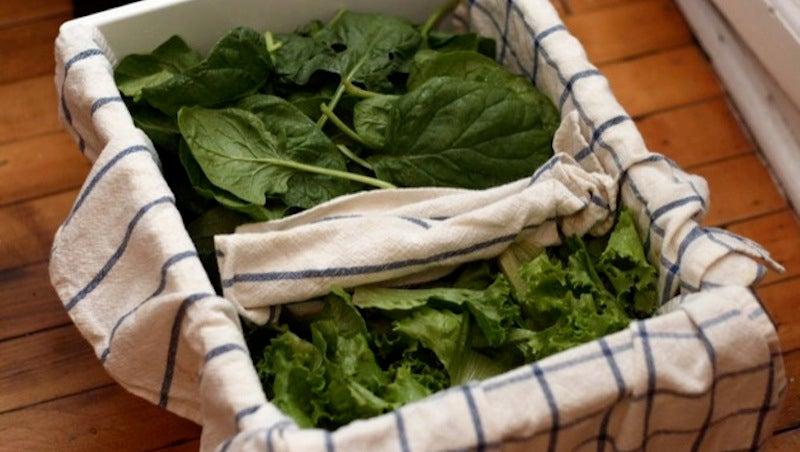 Keep Leafy Greens Fresh in a Towel-Lined Crisper Drawer