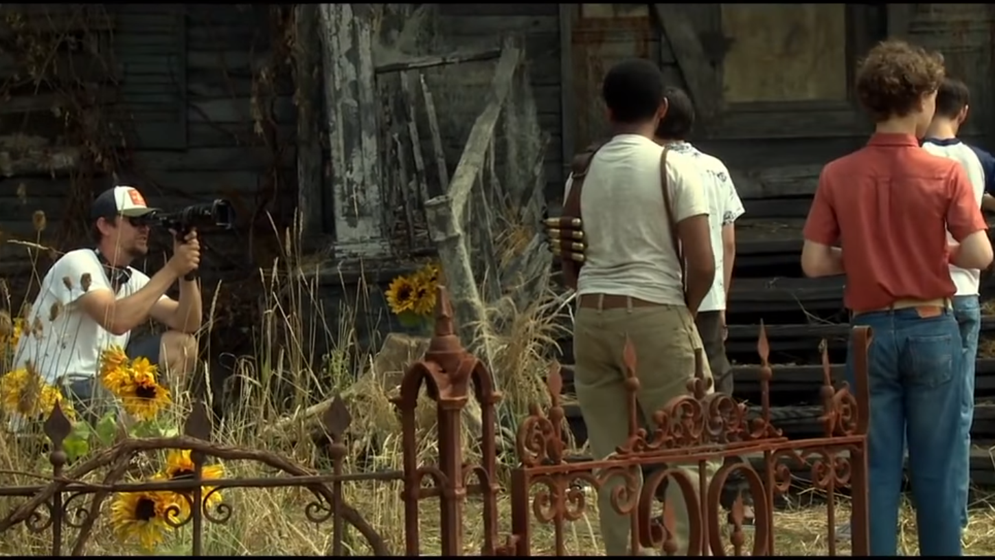Stoke The It Hype With This Inexplicably Creepy Behind-the-Scenes Footage