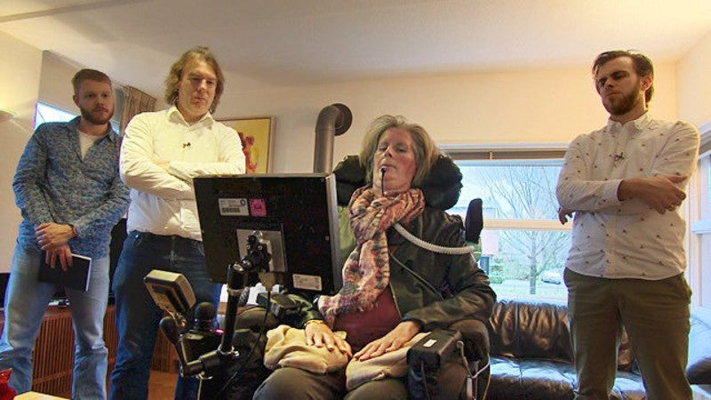 Brain Implant Allows Paralysed Woman To Communicate With Her Mind