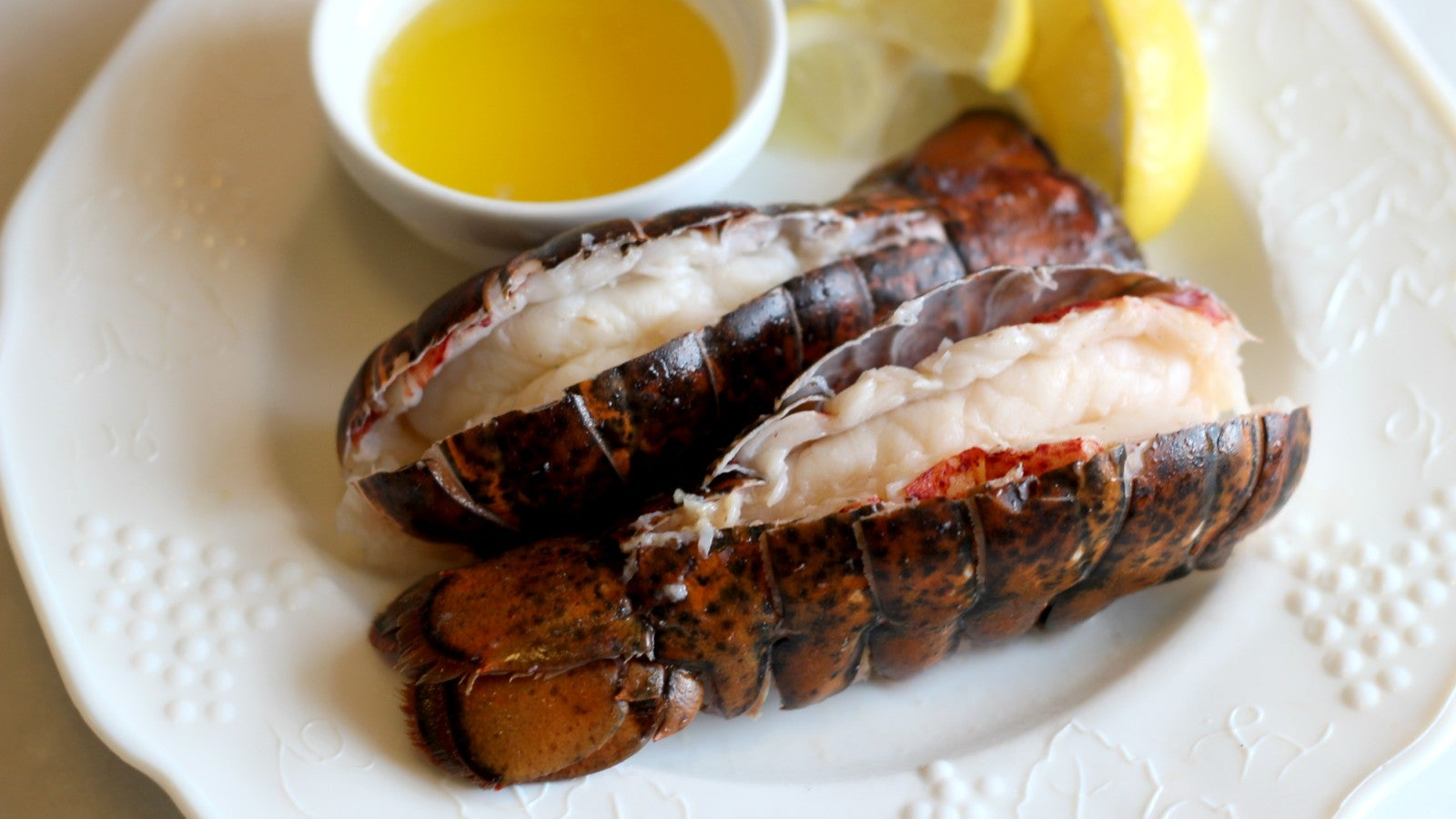 Vanilla Butter Sous Vide Lobster Tails Are Your Valentine's Day Dinner