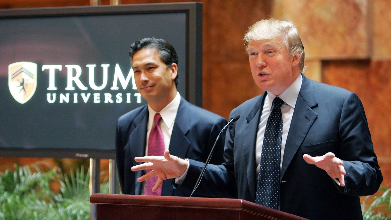 Trump University Settling With Former Students For $34 Million