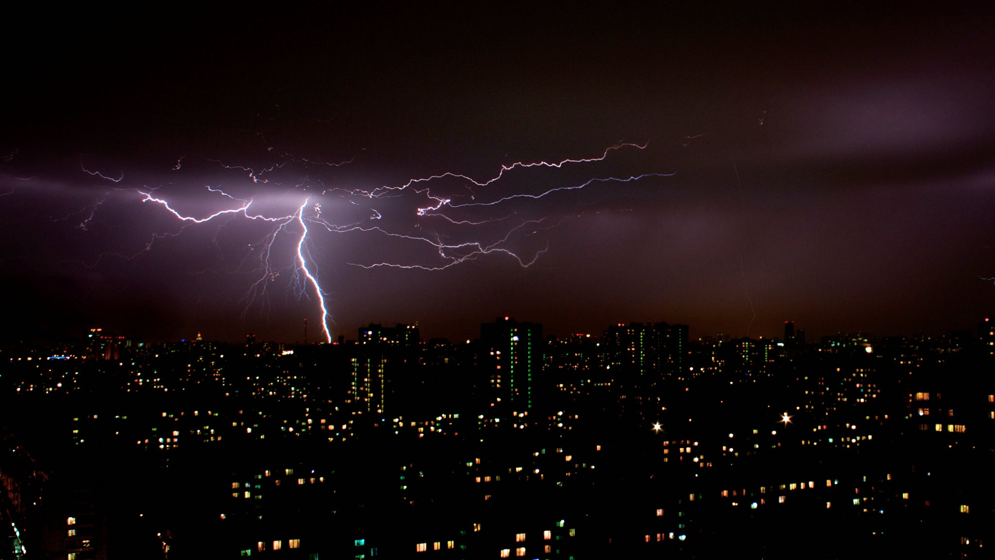 Confirmed: Lightning Causes Nuclear Reactions In The Sky