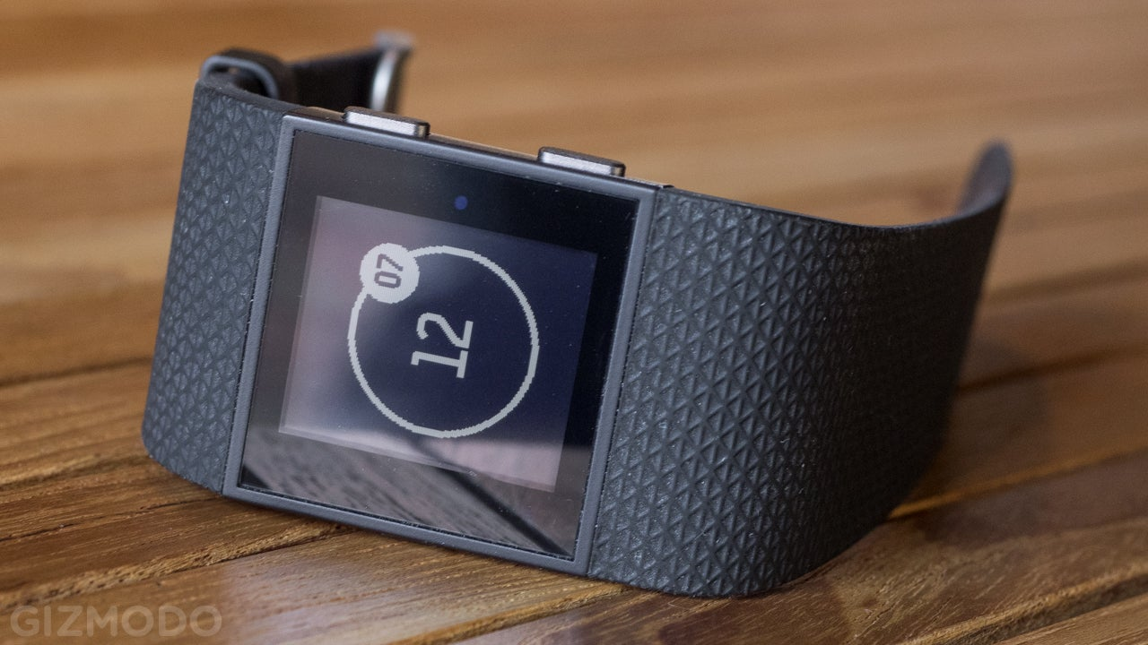 Fitbit Surge Review: If Only This Was Actually a Smartwatch