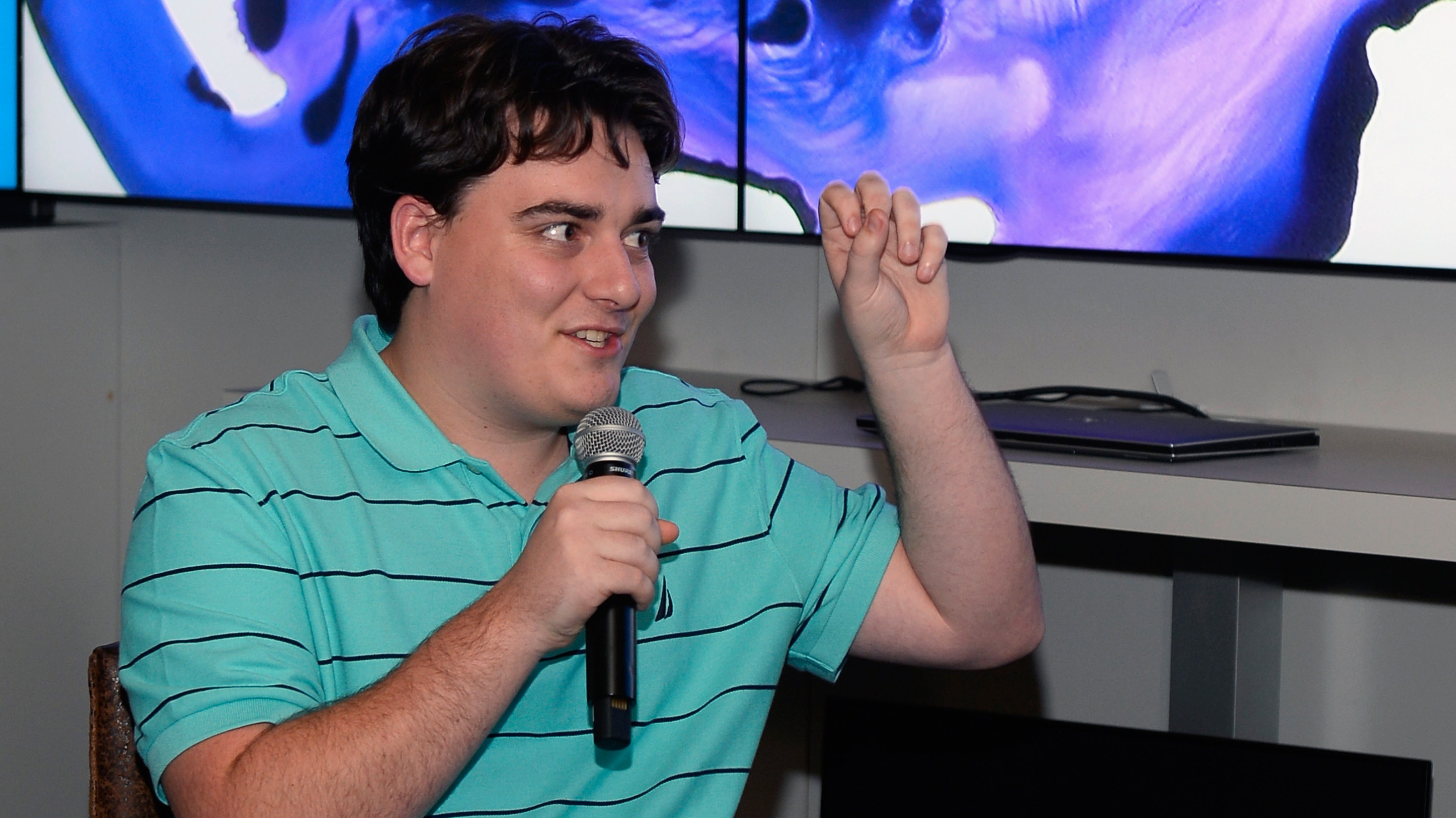 Palmer Luckey Says He's Sorry, Sort Of
