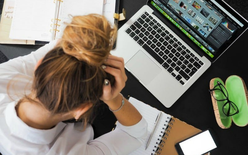 Turn On 'Do Not Disturb' During The Day To Be More Productive