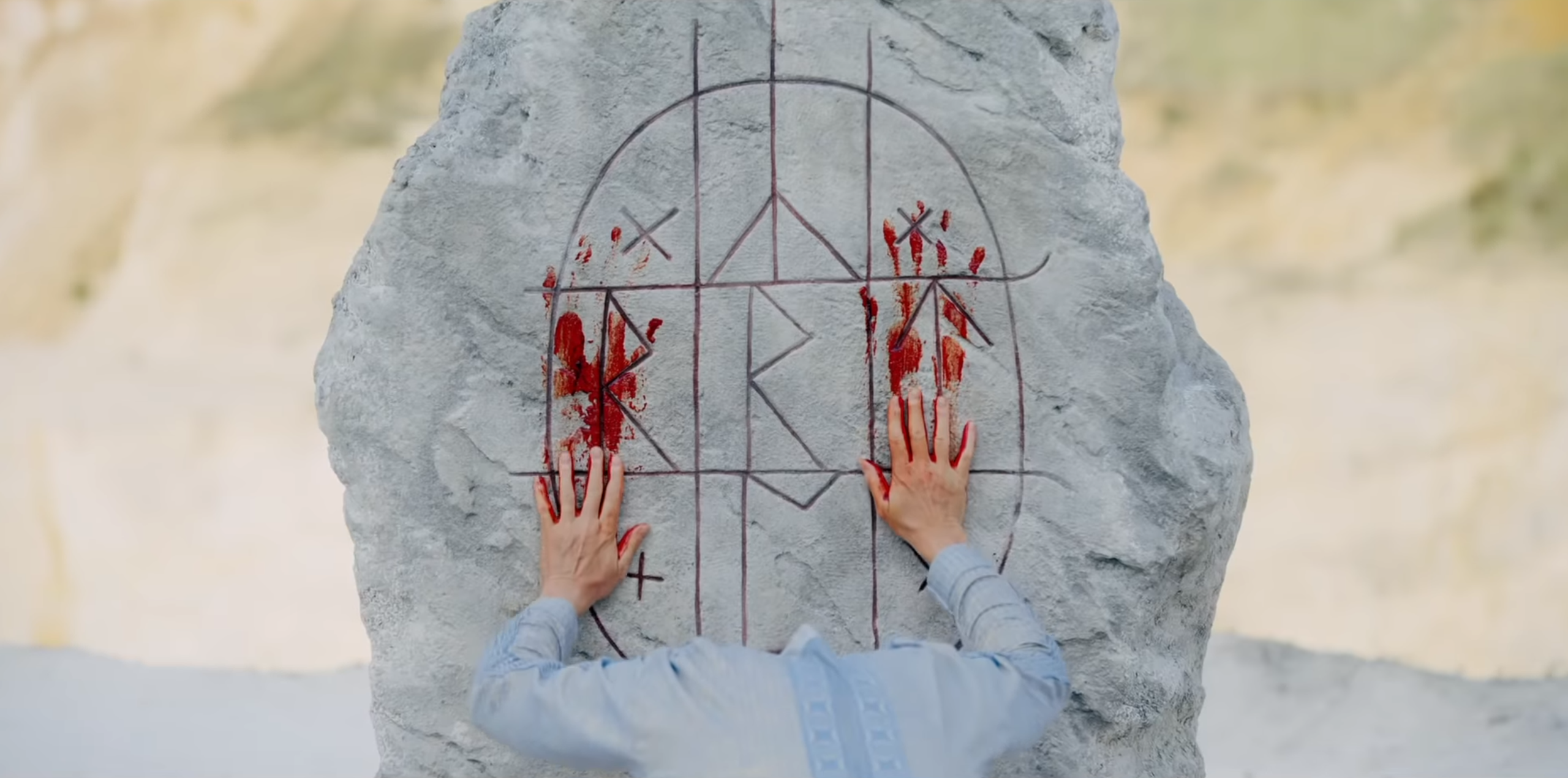 Midsommar Looks Like What Would Have Happened If Fyre Festival Was Run By Swedish Cultists