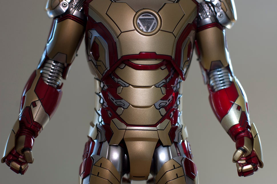 Metallic Iron Man Figures Are the Best Iron Man Figures