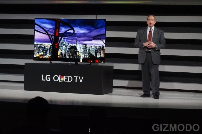 LG's Got Seven Beautiful New 4K OLED TVs Including a 77-Inch Flexible TV