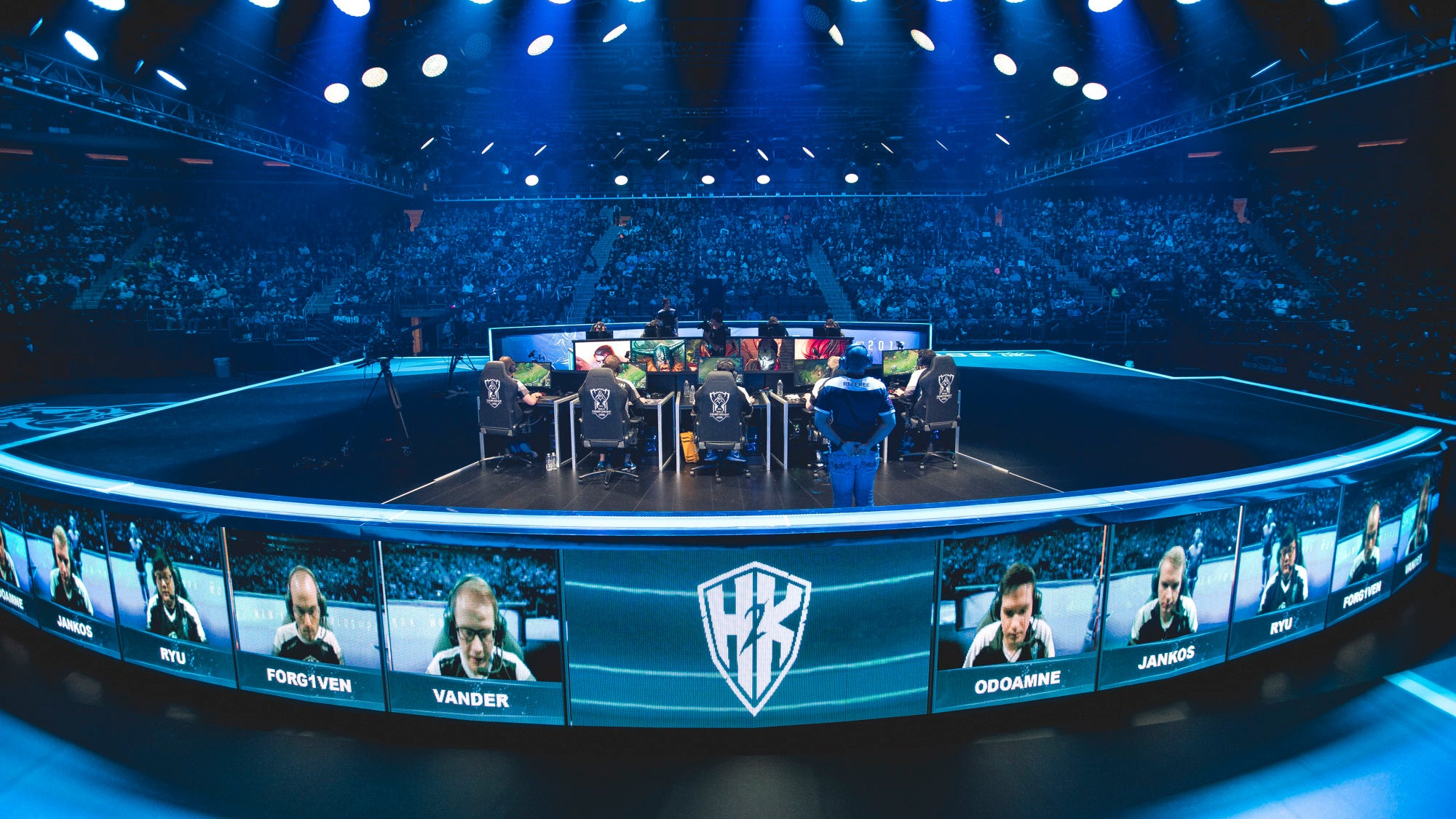 Pro League Of Legends Team Says It's Losing More Than $1.1 Million A Year