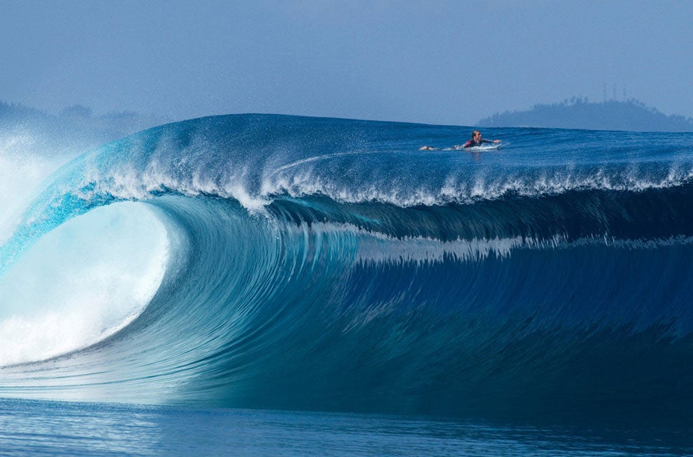This Wave Looks Like One Giant Comfortable Mattress