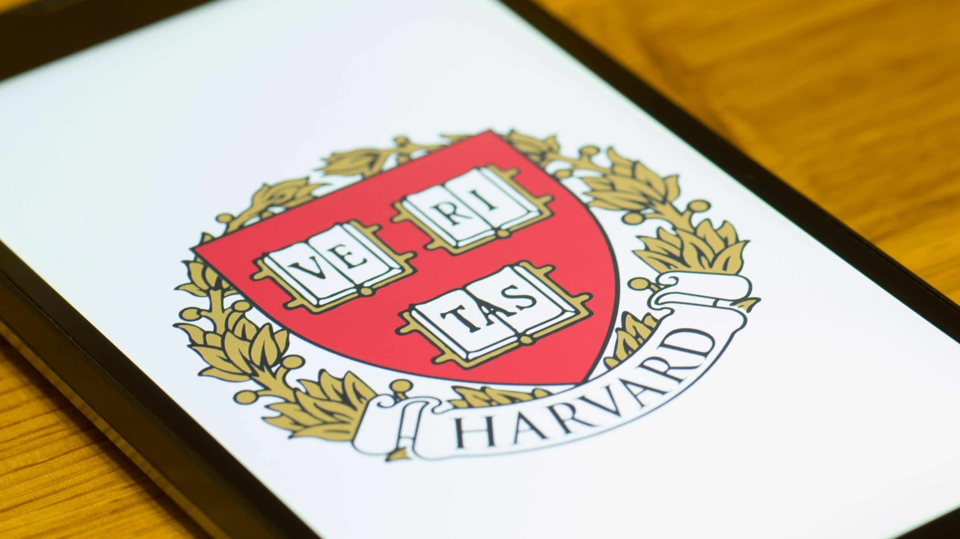 You Can Now Attend Harvard Classes Online For Free