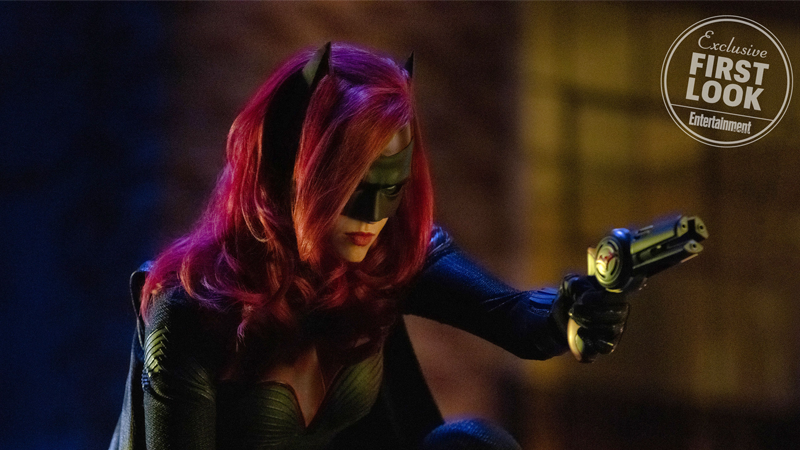 In Elseworlds, Ruby Rose's Batwoman Has No Patience For This Crossover Nonsense