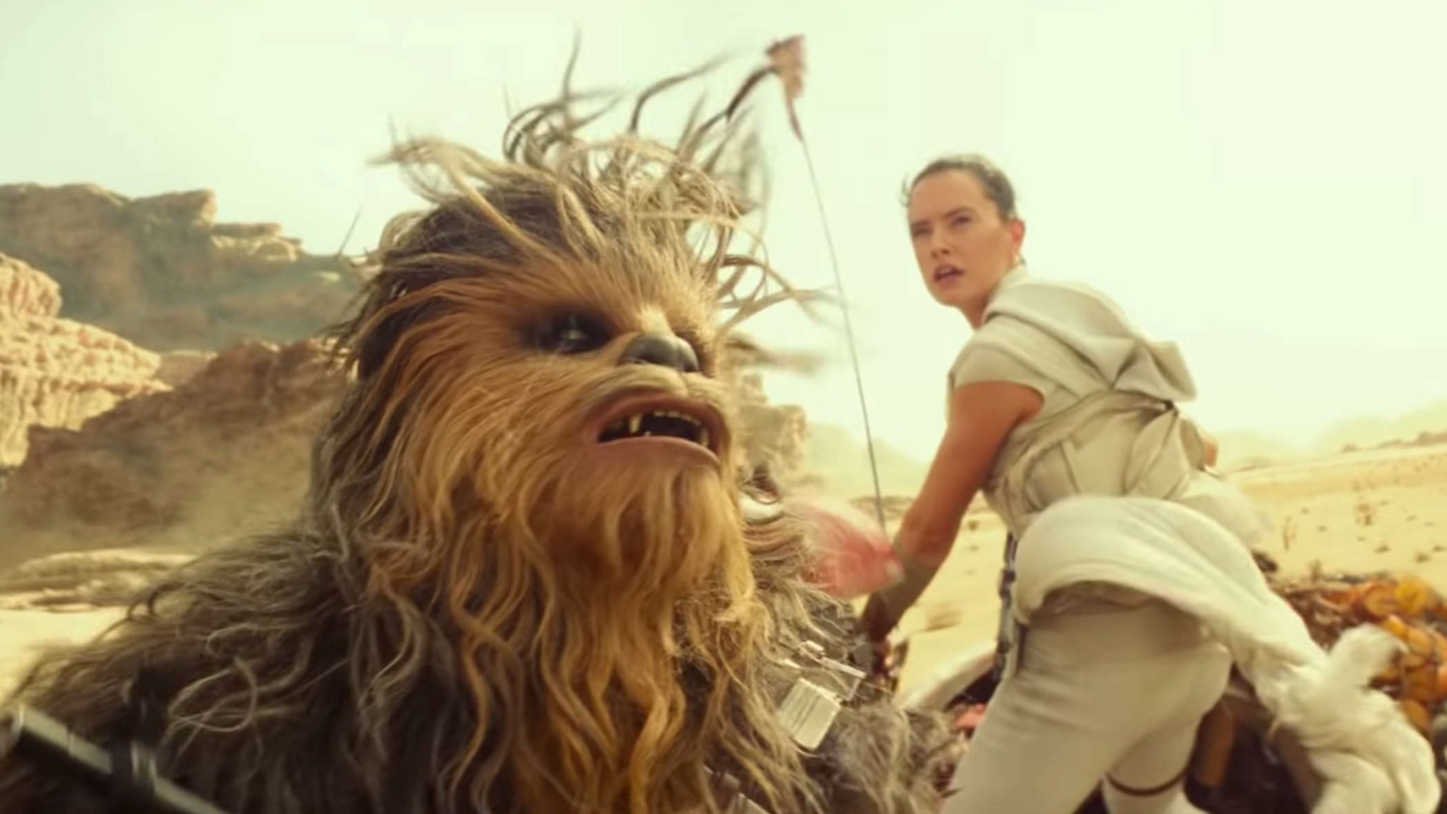 The First Star Wars: The Rise Of Skywalker Clip Shows The Galaxy's Soaring New Threat