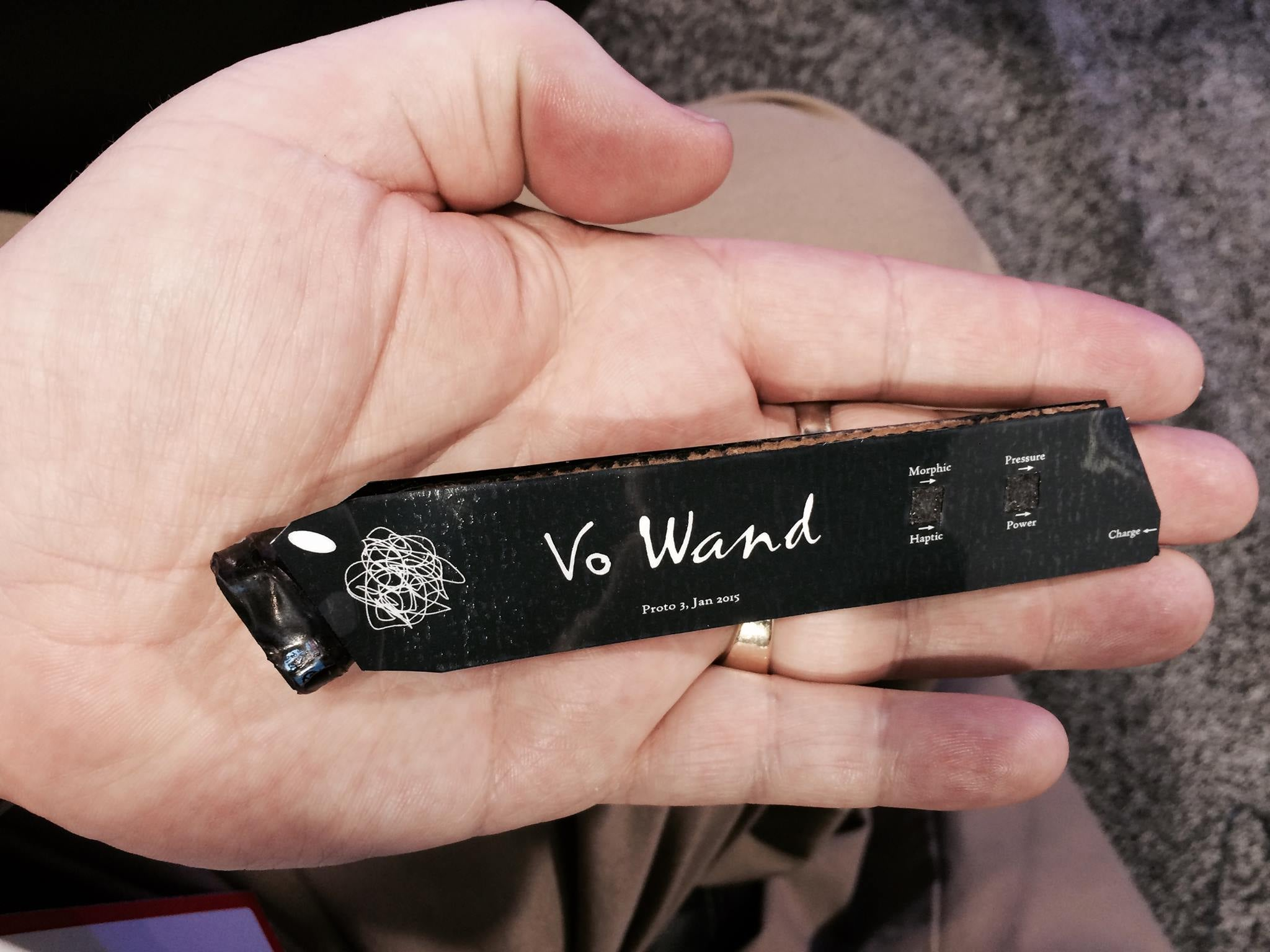 Paul Vo's Physics Defying Wand Makes Guitars Sound Entirely Different
