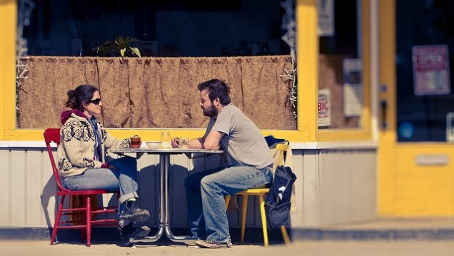 Master the Art of Small Talk with Strangers to Be Happier