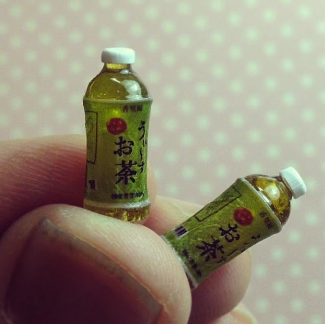 Japanese Miniature Art Dazzles All