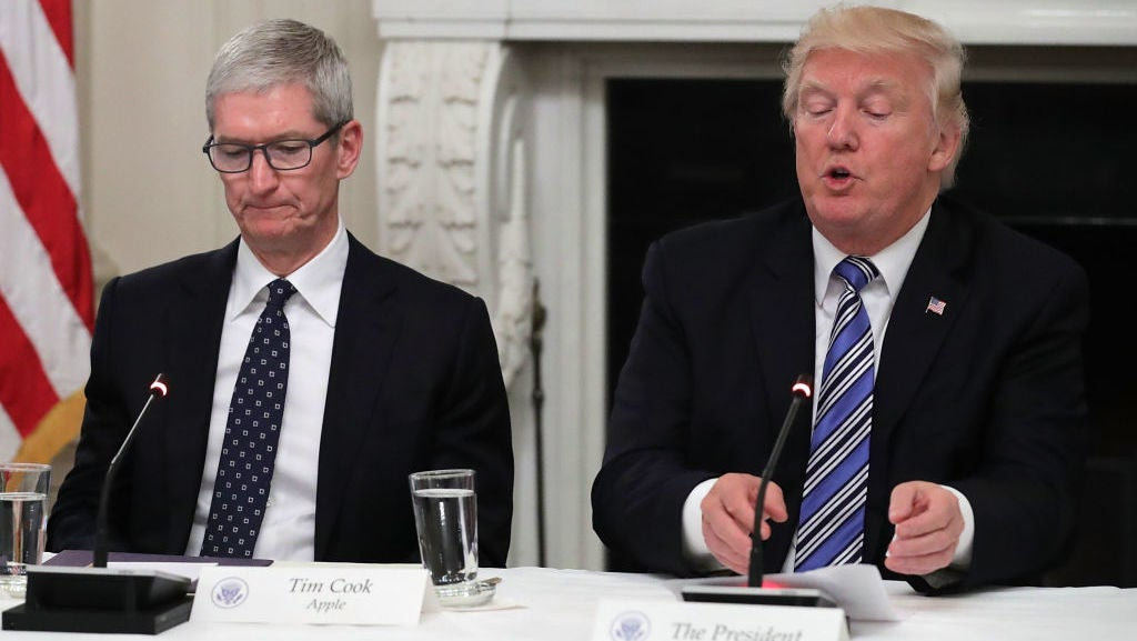 Tim Cook Calls Out Trump In Internal Statement On Charlottesville
