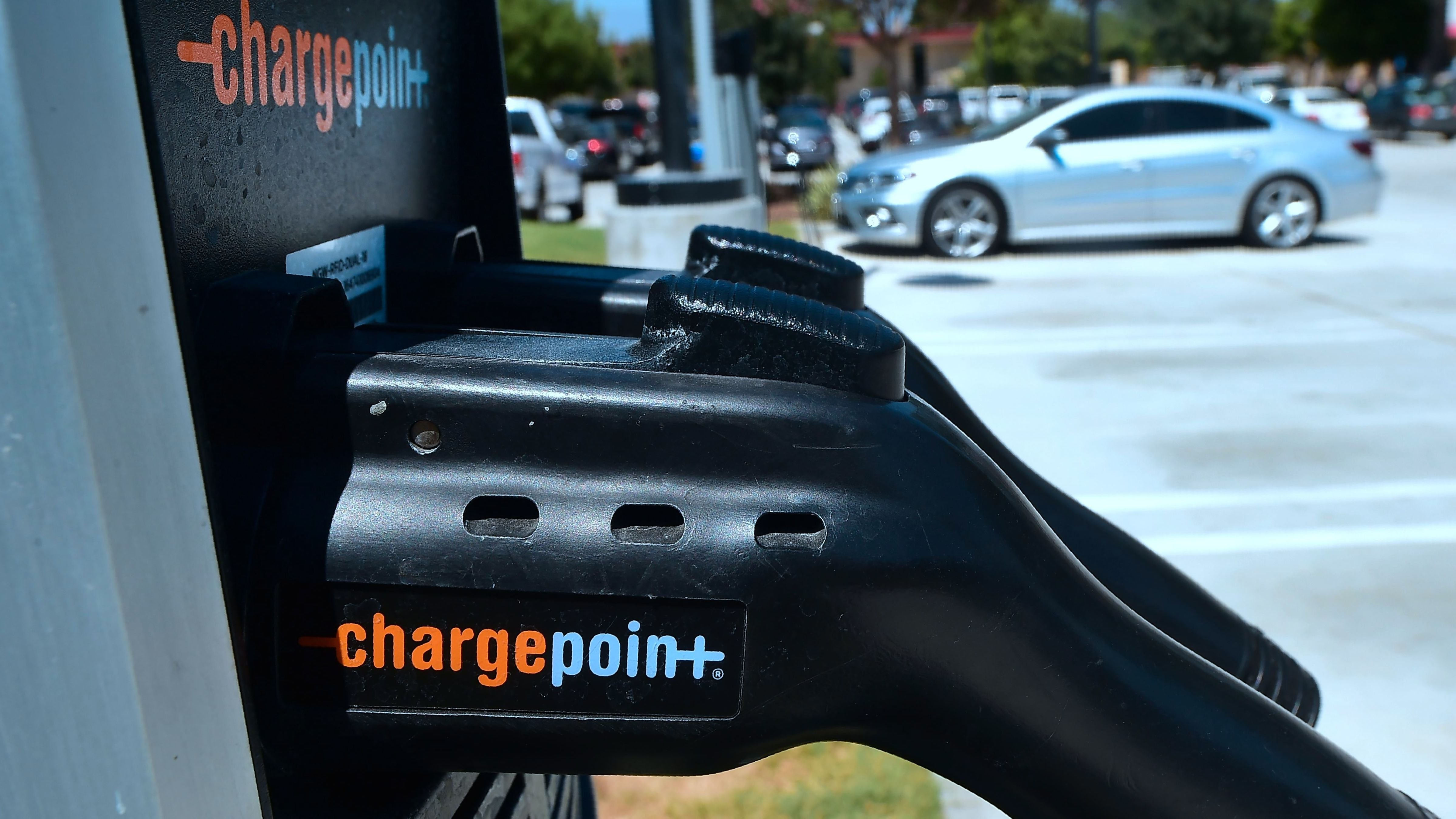 Google Maps May Soon Allow You To Pay For EV Charging