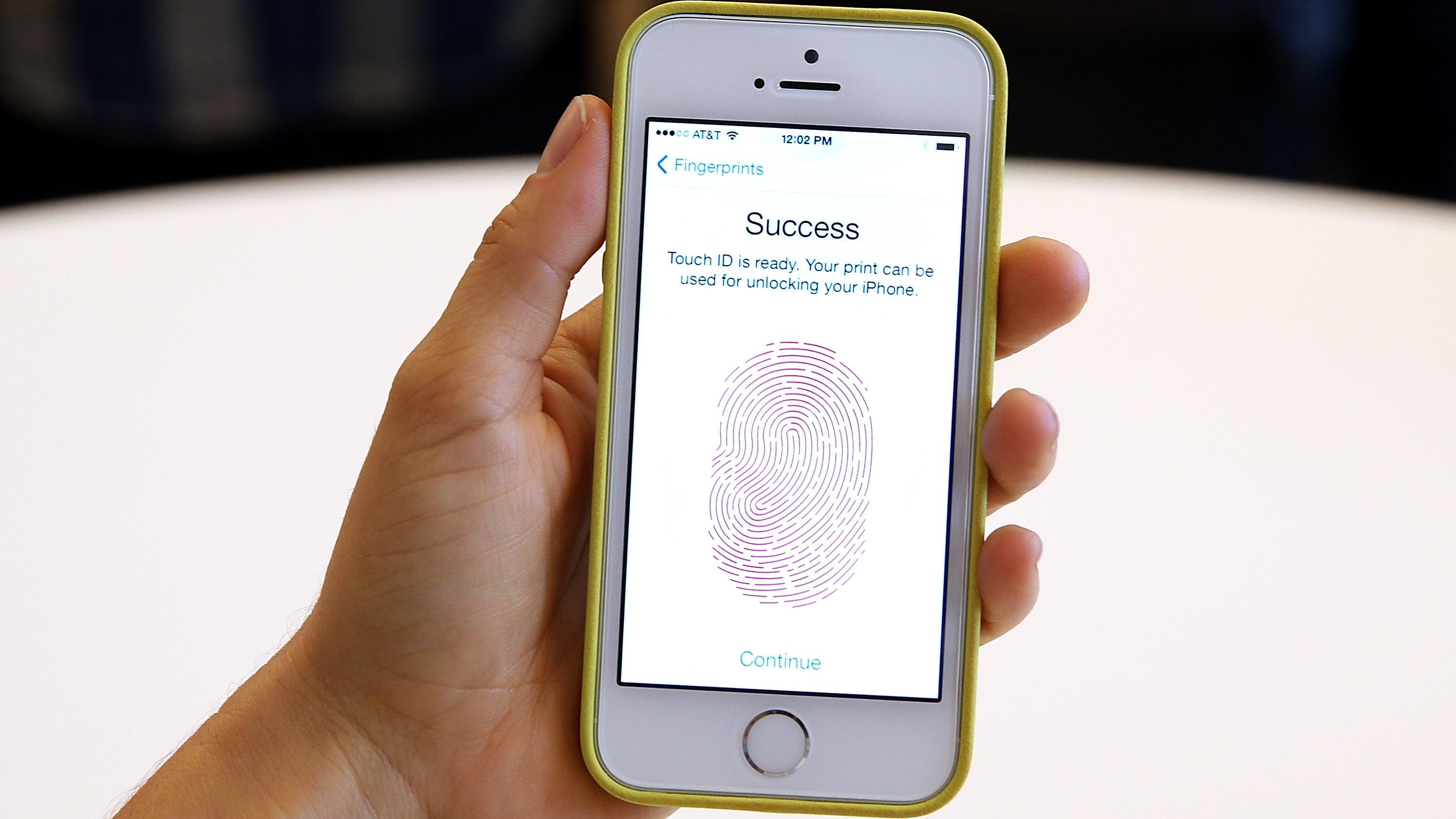 Florida Man Jailed For Failing To Unlock His Phone