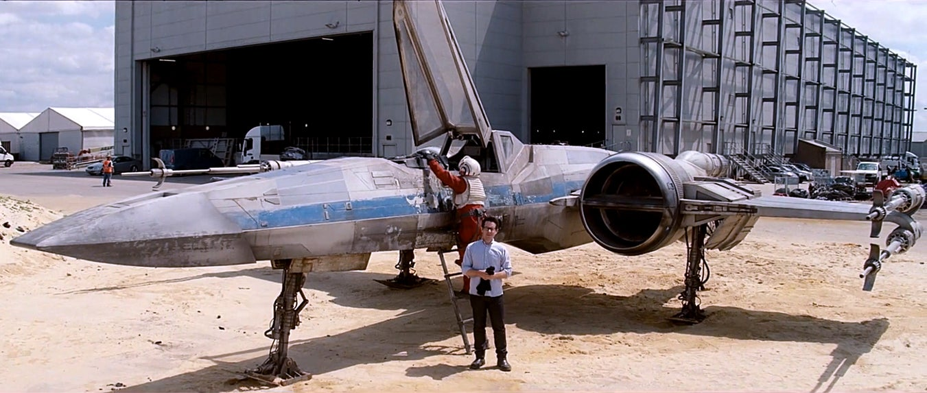 Cool new X-Wing Mark II revealed in new Star Wars VII video