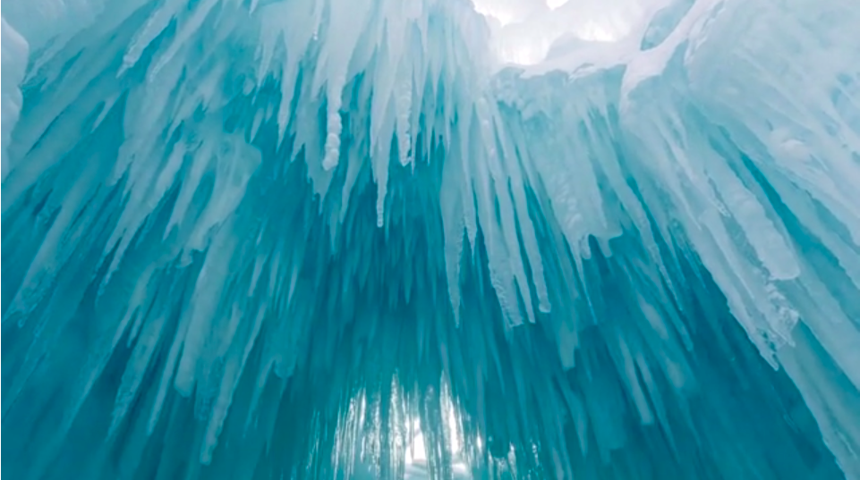 A Gorgeous Ice Castle Time Lapse Makes Winter Bearable Again