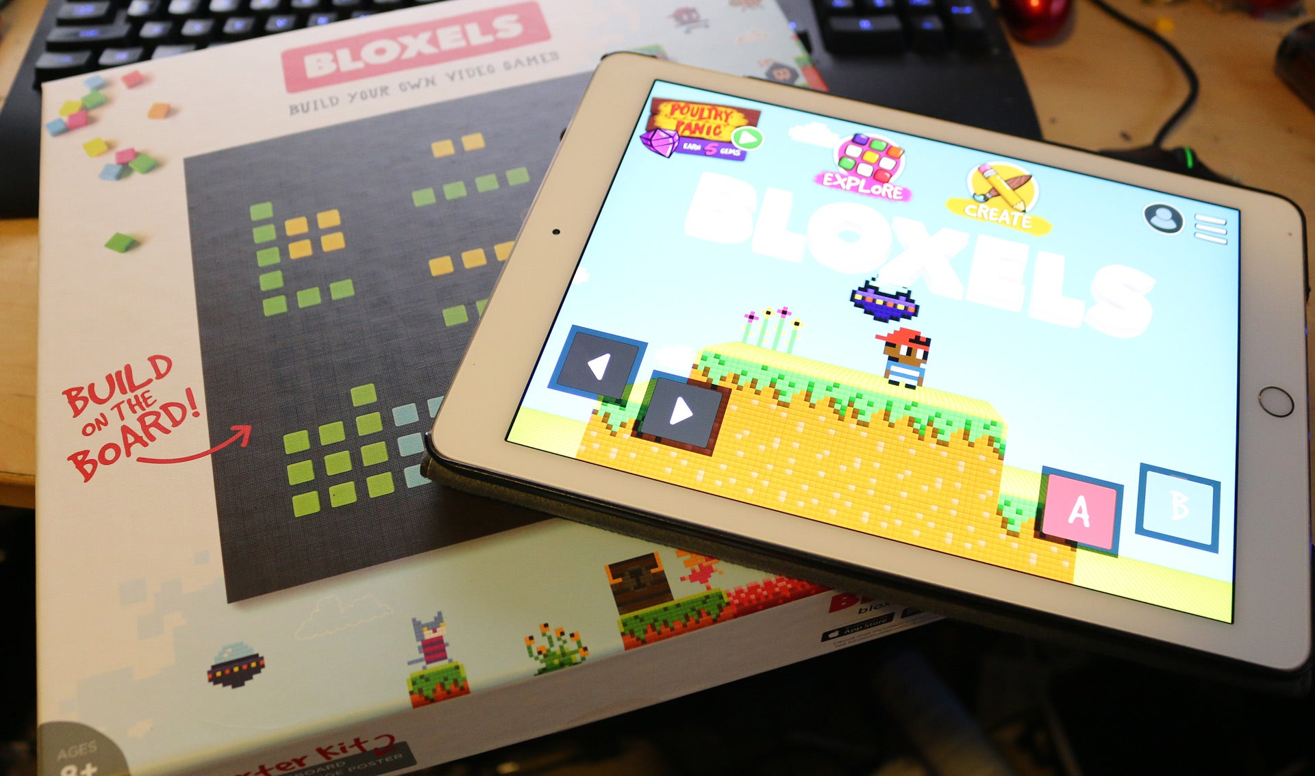 Bloxels Lets You Make Video Games With Colourful Plastic Cubes