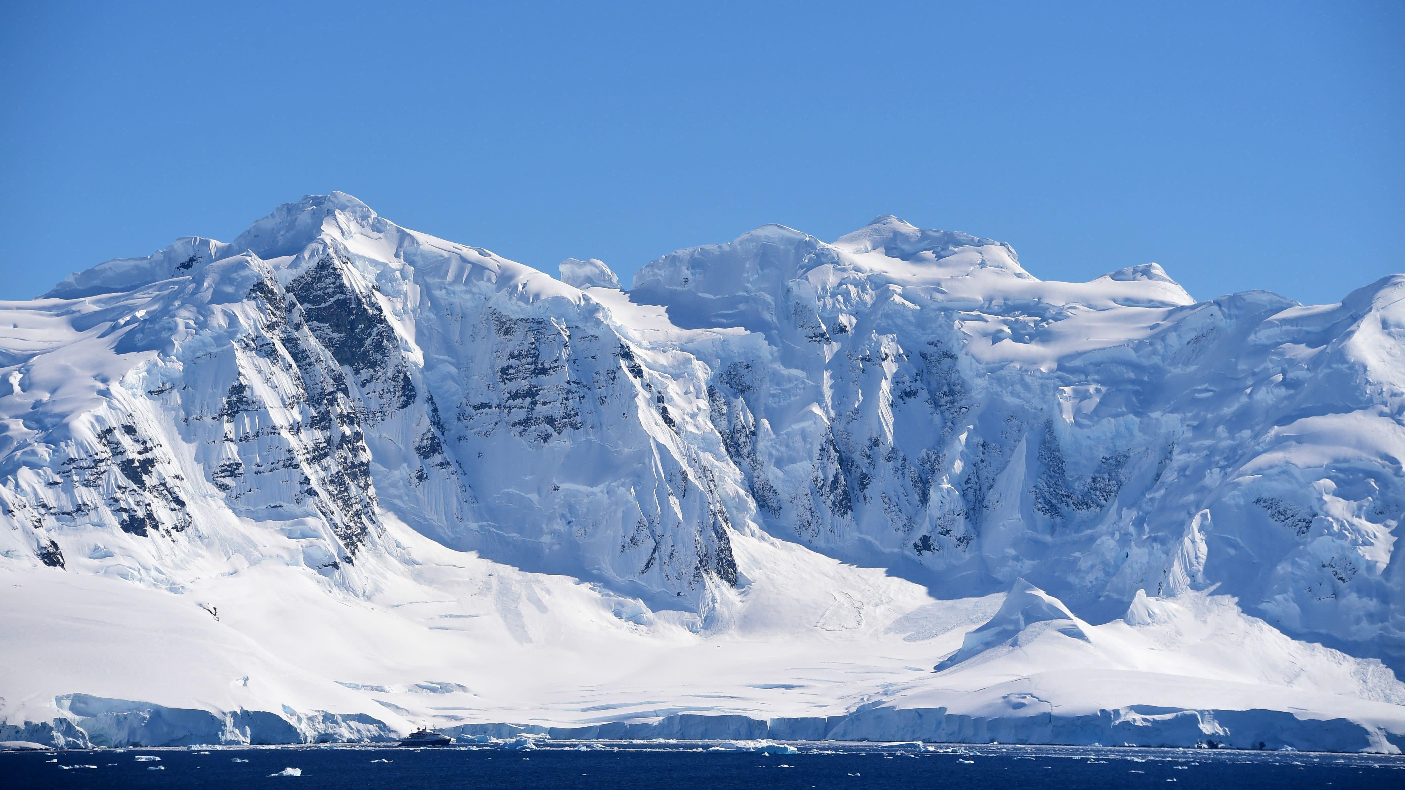 Antarctic Explorers' Brains Shrunk During A 14-Month Polar Expedition