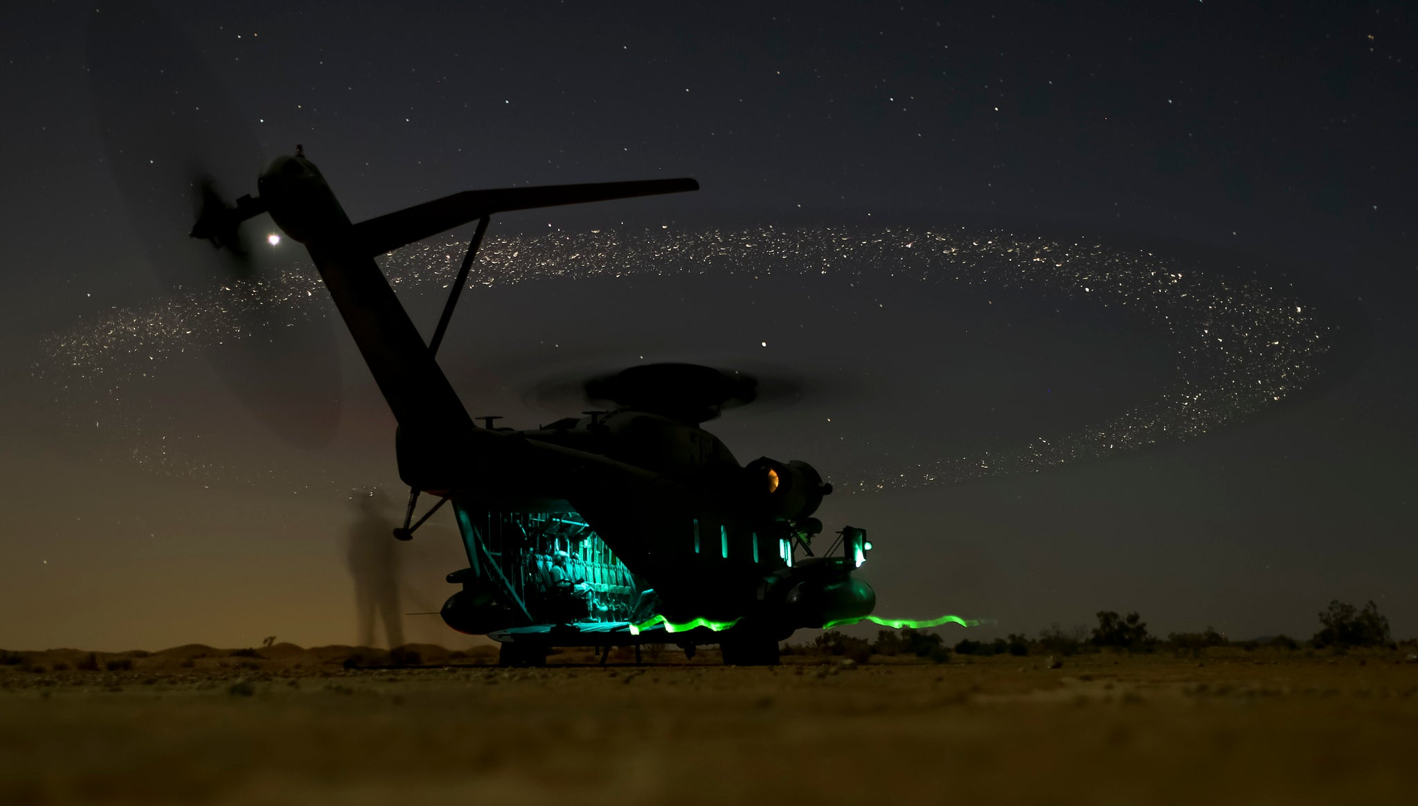 US Marines helicopter looks like its powered by the stars