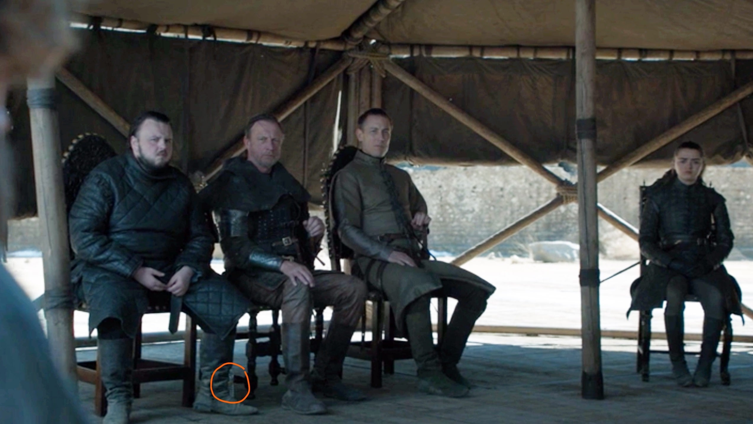 Game Of Thrones Ends Its Watch With Plastic Water Bottle In Plain Sight