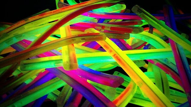 Find Your Drinks in a Dark Cooler with Glow Sticks