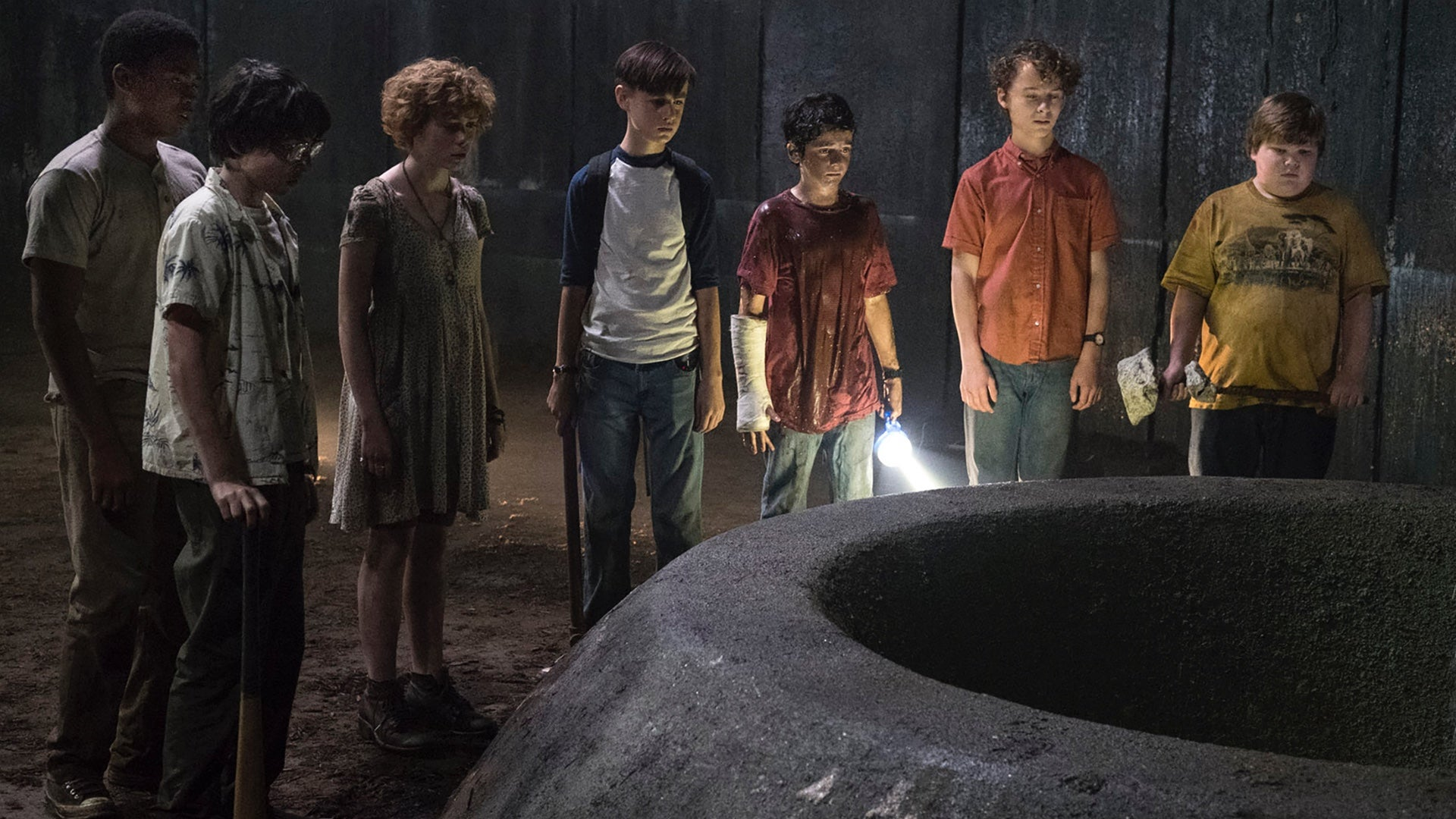 It: Chapter Two'sFirst Official Look At The Adult Losers' Club Is Here