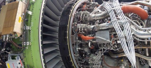 This Electron Gun Turns Titanium Powder Into Turbine Blades For Planes