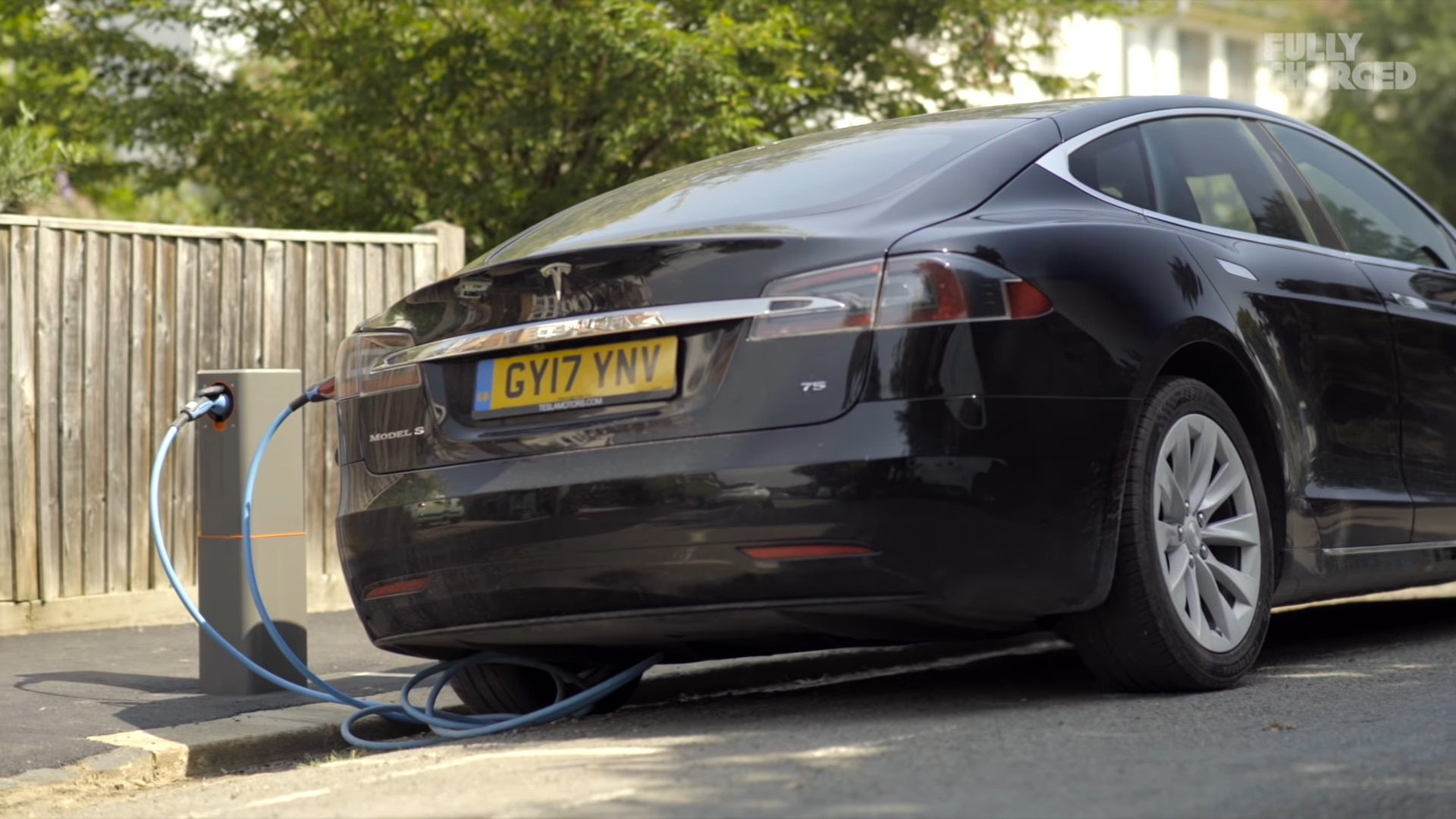 This British Startup May Have Solved Urban EV Charging