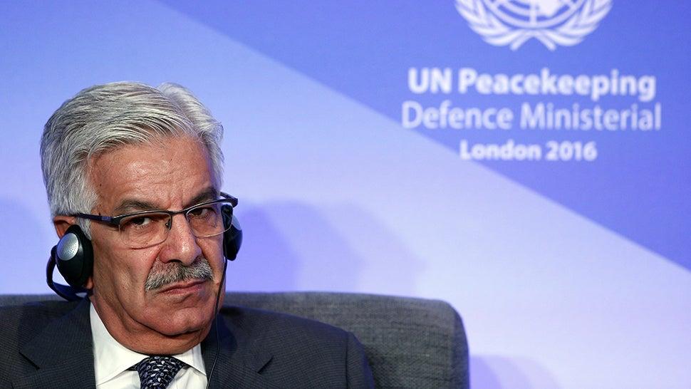 Pakistani Minister Tweets Nuke Threats @ Israel After Reading Fake News