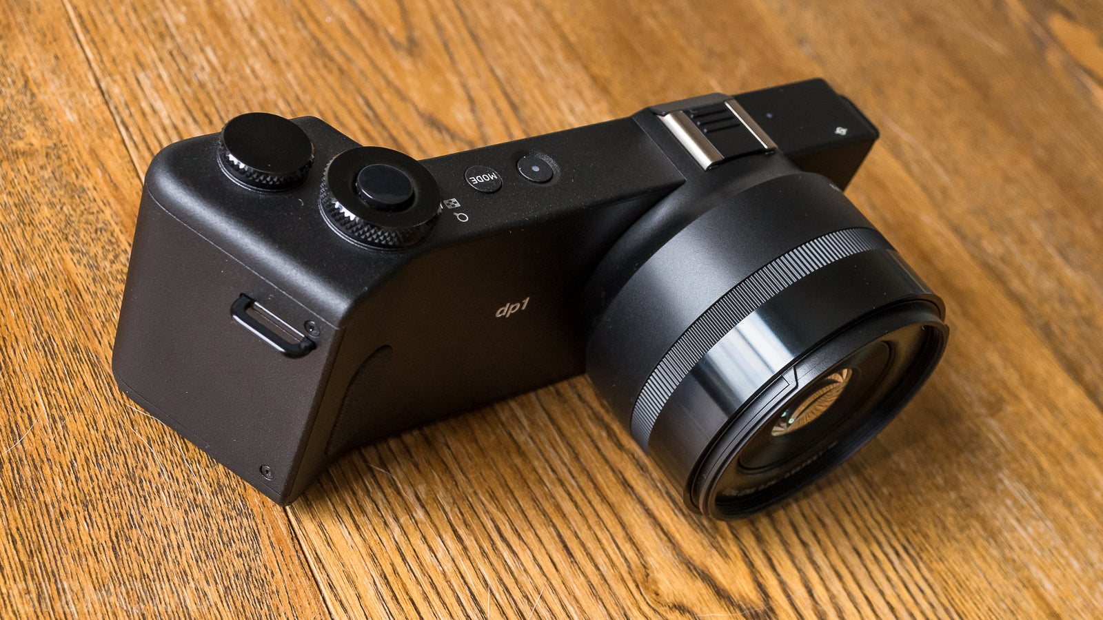 Field Notes: Grappling With the Sigma DP1 Quattro's Bizarre Shape