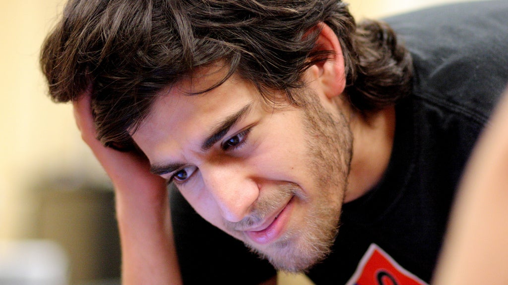 How Aaron Swartz Caught the FBI's Attention