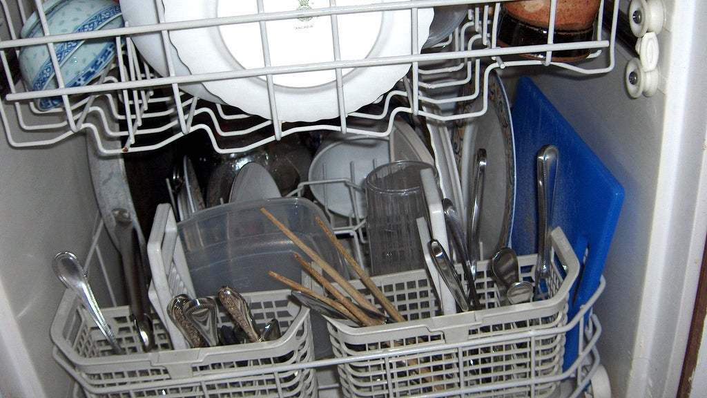 The Surprising Things You Can Safely Wash In Your Dishwasher